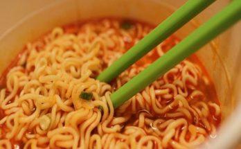 Bahaya Makan Mie Instan