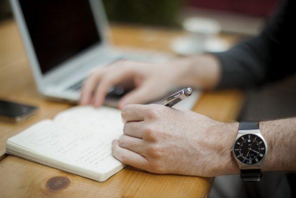 Contoh CV Fresh Graduate Tanpa Pengalaman Kerja