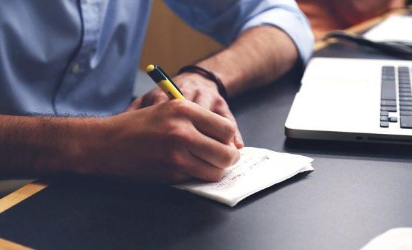 Tips Menulis Surat Lamaran Pekerjaan