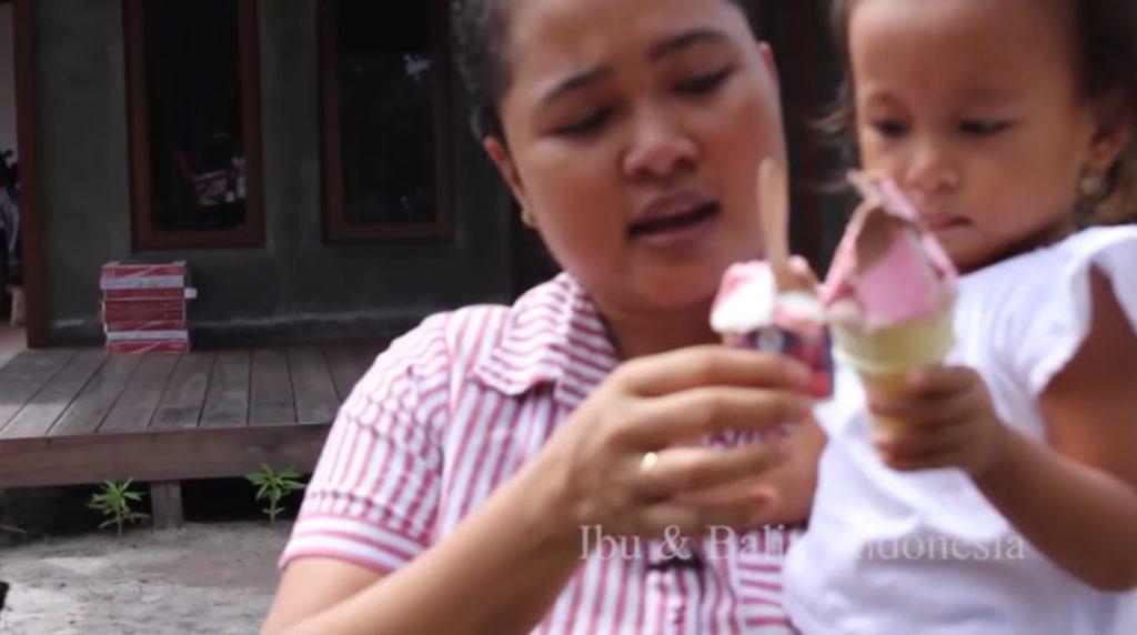 Ibu dan Balita Indonesia